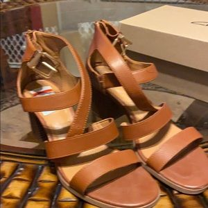 Brown Sandals 10M Manmade